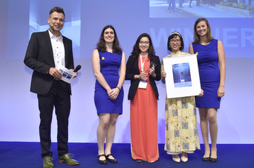 """The smarter E AWARD (Outstanding Projects): Bach Khoa Investment Development of Solar Energy Corporation (SolarBK) was honored for """"Solar Experience Space – the combination of leisure, learning and research"""""""