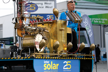 Visitors to Intersolar Europe were greeted by the Compressed Air Orchestra, which put a smile on the face of everyone who passed by the exhibition halls.