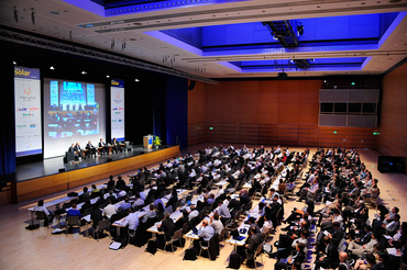 The themes covered by the exhibitions and conferences always address the particular focuses, aims and challenges of regional markets. Picture: The Intersolar Europe Conference in Munich, ICM.